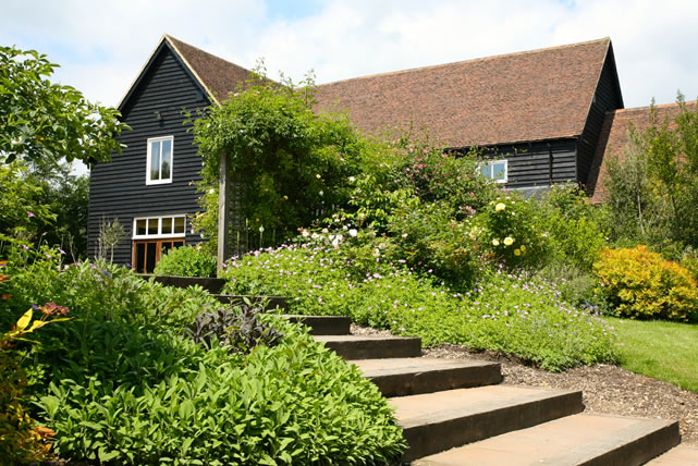 The White Hart – The Essex Barn